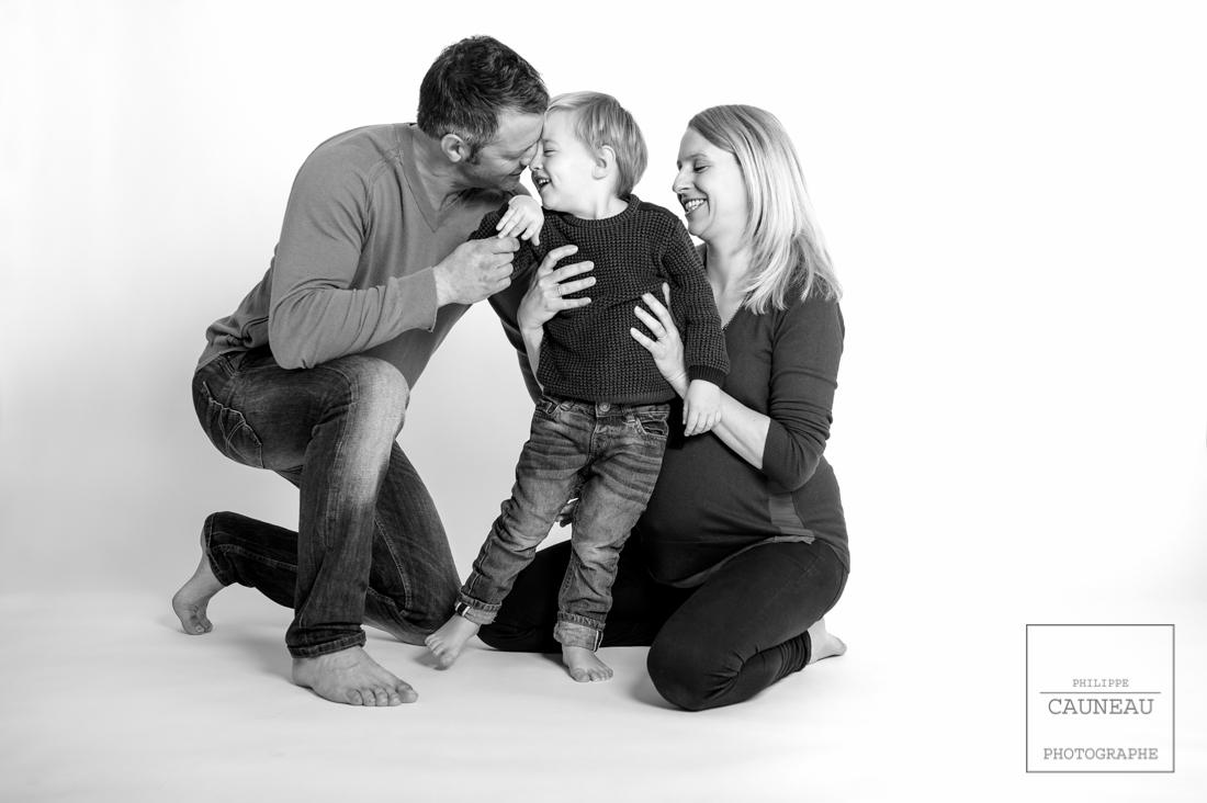 Avant la naissance, une séance de portraits en famille